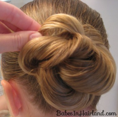 Loopy Bun Hairstyle (10)