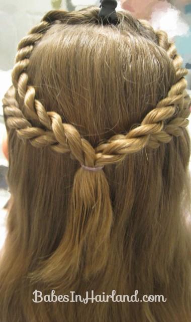 Knots and Twists (7)