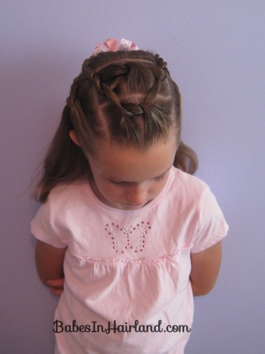 Knots and Twists (11)