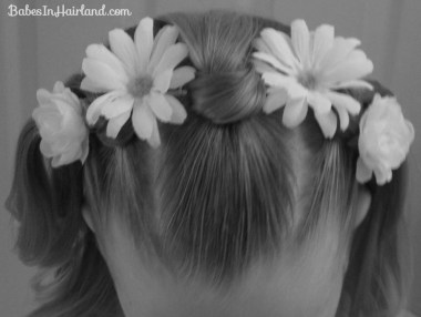 Knotty Flower Girl Hairstyle (1)