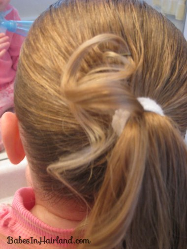 Curls above Ponytail Hairstyle (5)