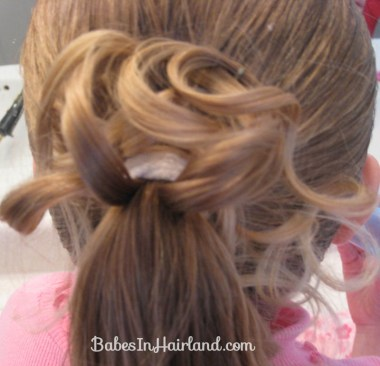 Curls above Ponytail Hairstyle (7)