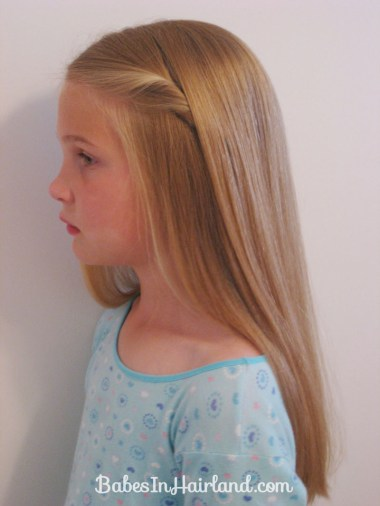 2 Simple Ways to Pull Bangs Back (9)