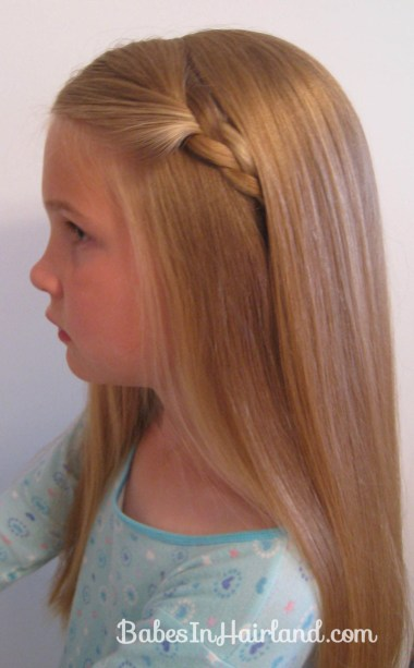 2 Simple Ways to Pull Bangs Back (12)