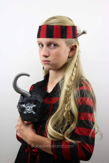Skull & Crossbones Pirate Hairstyle from BabesInHairland.com #halloween #pirate #hair #skullandcrossbones