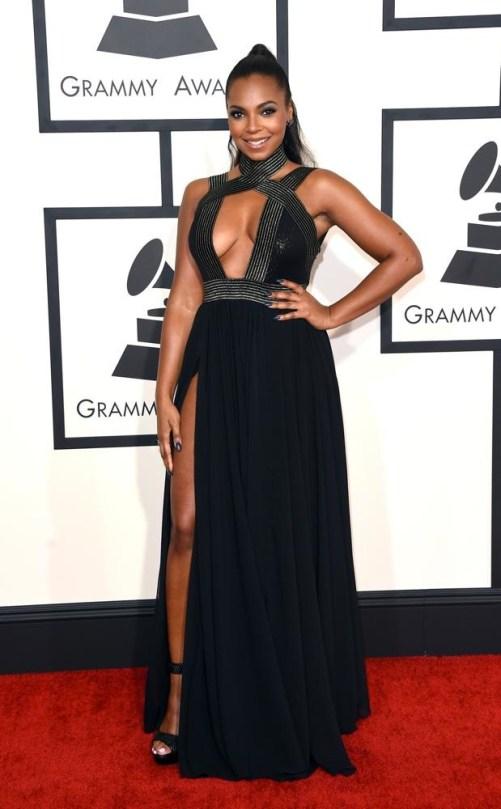Ashanti at the 2015 Grammys