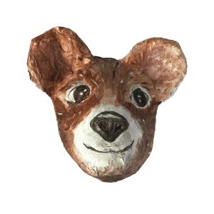 papiermache dierenkop van een hele blije bruine beer