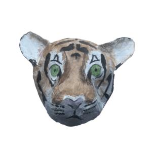 papiermache mannetjes leeuw met mooie groene ogen