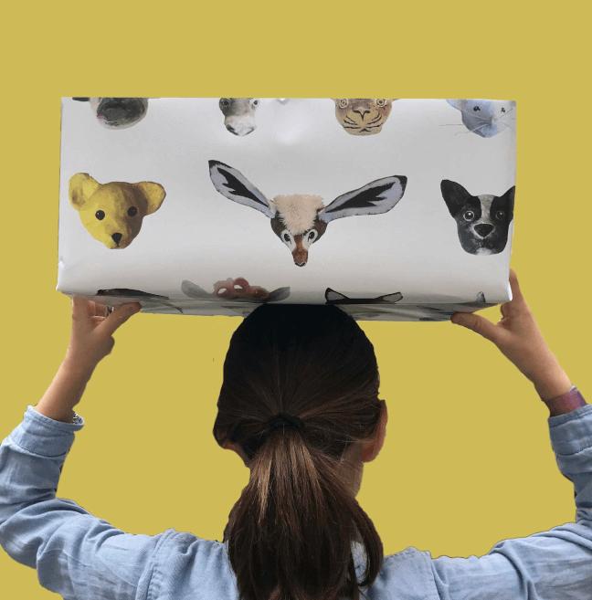 alle bestellingen bij babetetswereld worden ingepakt in haar eigen dieren inpakpapier