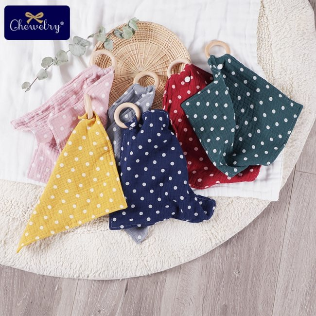 1pcs Baby Bibs Cotton With Wooden Teether Rodent Animals Koala Newborn Solid Color Snap Button Soft 4