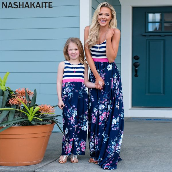 NASHAKAITE Mom and daughter dress Family matching clothes Floral Printed Long Dress For Mother Daughter Mommy 5