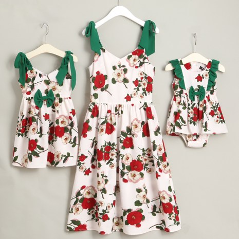 Family Look Butterflies Mother Daughter Dresses Mommy and Me Clothes Mom Mum Mama and Baby Girls 1