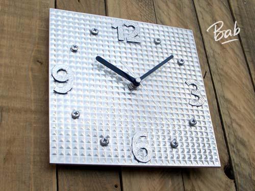 horloge-metal-01