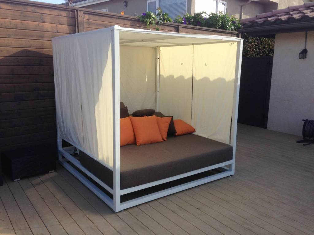 Riviera Modern Outdoor Leisure Daybed with Canopy on Belham Living Lilianna Outdoor Daybed id=19325