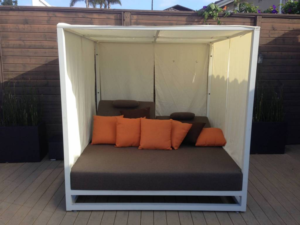 Riviera Modern Outdoor Leisure Daybed with Canopy on Belham Living Lilianna Outdoor Daybed id=52284