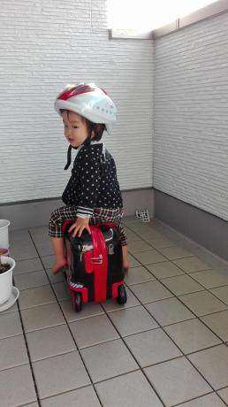 アイデス新幹線ヘルメットとリトローリー