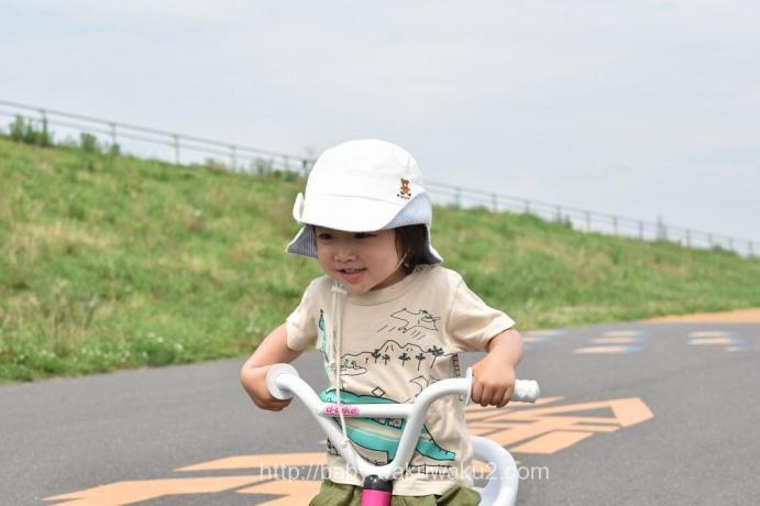こゆたこゆたん 三輪車 D-bike TRY 2歳10ヶ月ん D-bike TRY 2歳10ヶ月
