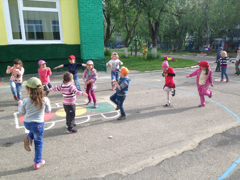 Картинки детские подвижные игры на улице