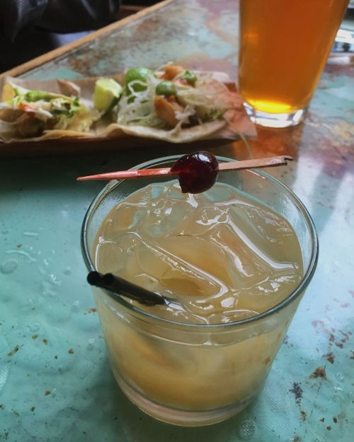 Barmel cocktail and tacos