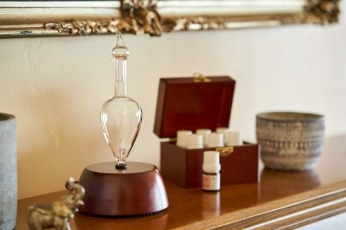 Organic Aromas Nebulizing Diffuser and Explorer Kit Giveaway
