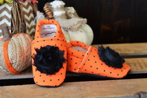 Wee-little-piggies-baby-shoes-halloween