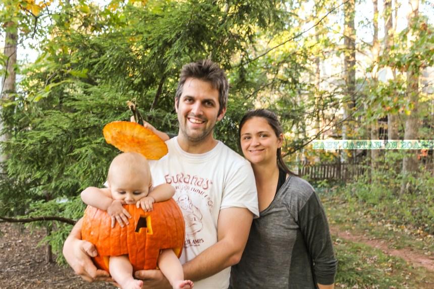halloween-aiden-eats-pumpkin-2979