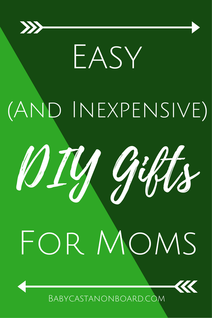 The holidays can be stressful when it comes to money. Here are a few DIY holiday gifts for mom that you can actually make look like the pictures.