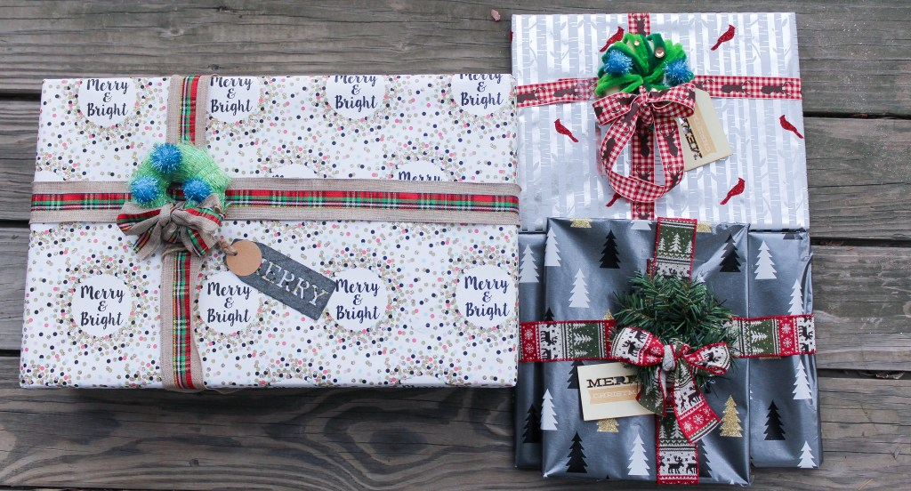 DIY-Gift-bow-adornment-babycastanonboard.com-featured