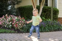 Wobbly Waddlers, my favorite shoe brand for babies and toddlers will have a flash sale on Nov.18. Here is the promo code for the Wobbly Waddler Flash Sale.