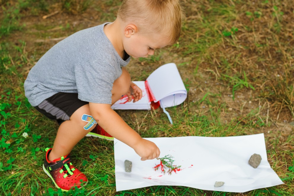 Educational Activities for Toddlers To Do Outside featured by popular DC mom blogger, Baby Castan on Board