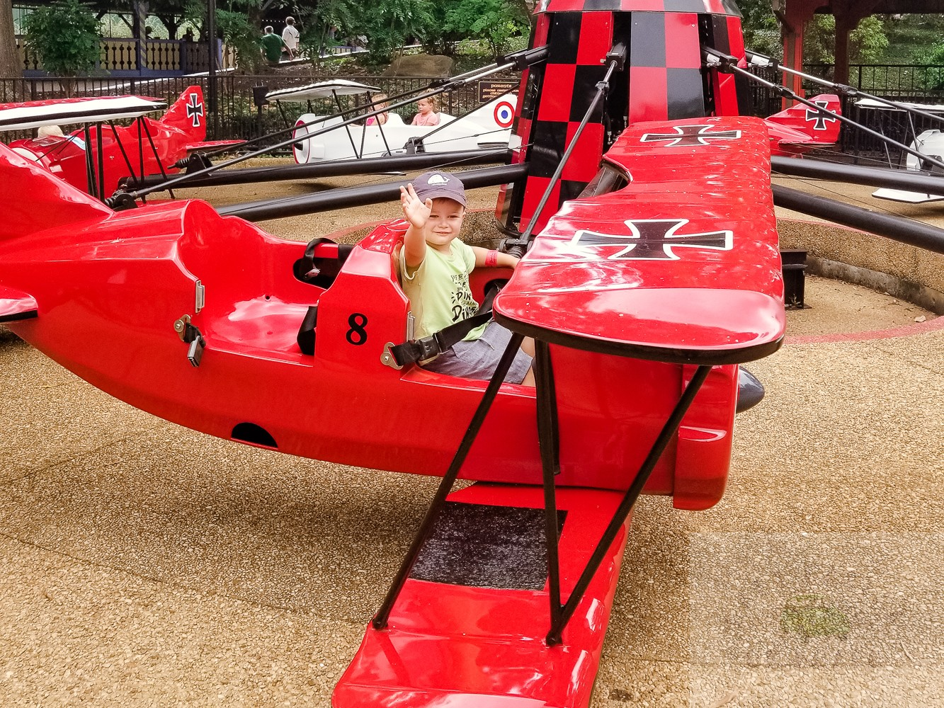 A Family Weekend in Williamsburg featured by top travel and mommy blog, Baby Castan on Board