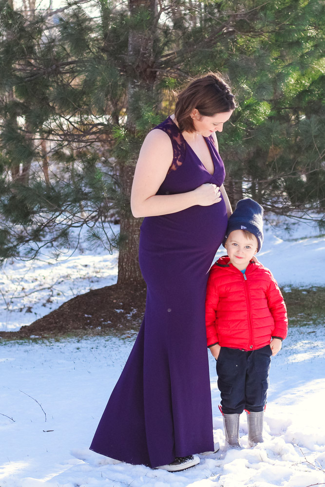 How to choose the perfect dress for your maternity photoshoot featured by top US mommy blog, Baby Castan on Board: image of a pregnant woman wearing a Rent the Runway dress