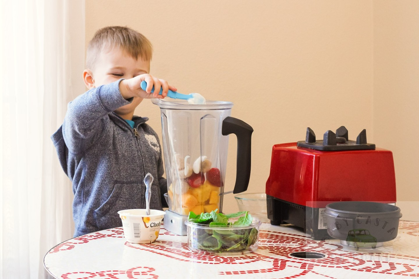 St Patricks Day Smoothie recipe that kids love featured by top US mommy blog, Baby Castan on Board