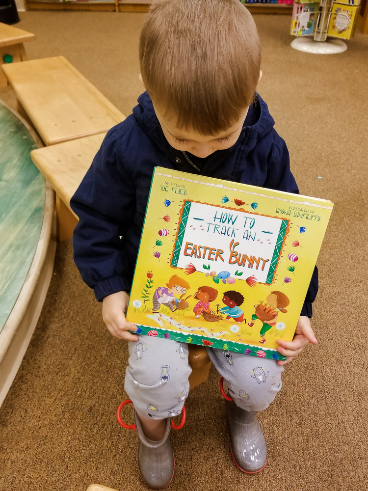 Best Easter Books for Toddlers on Amazon featured by top US mom blog, Baby Castan on Board: image of How to Track an Easter Bunny