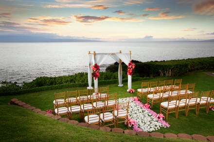Sheraton-Kaanapali Point Wedding at sunset