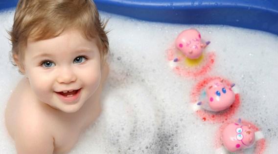 baby-taking-bath-in-shower