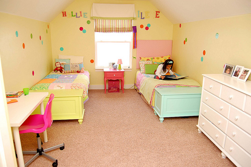 best-kids-bedroom-ideas-girl-sharing-with-painting-a-room-for-young-girls-girls-room-paint-ideas-zimbio-5