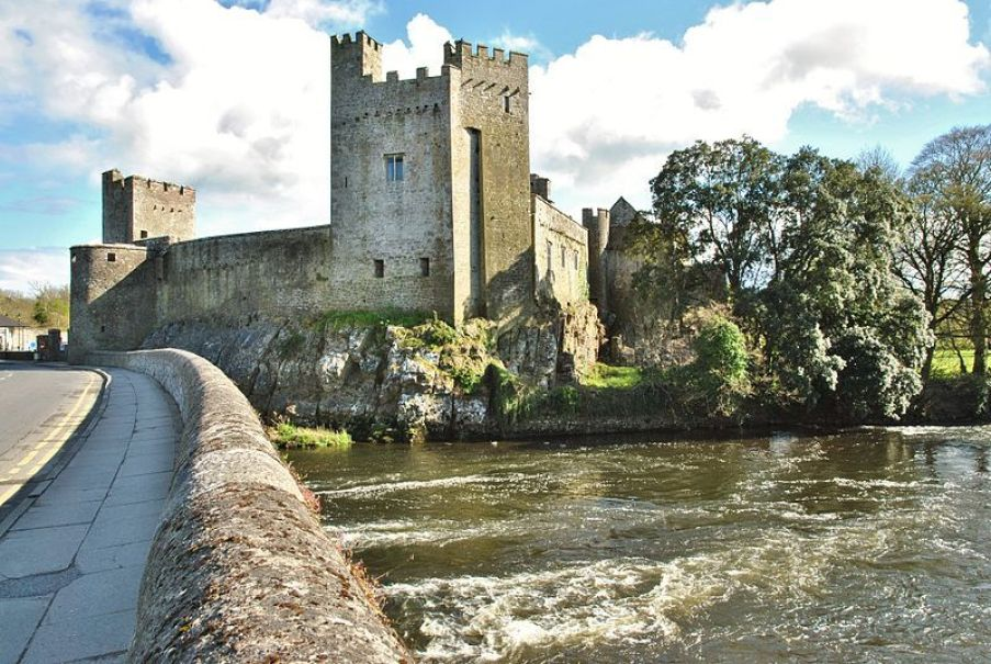 A history of Cahir