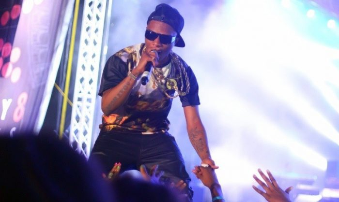 Angry Wizkid Allegedly Smashed A Microphone To Pieces At ...