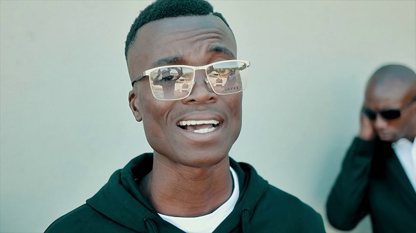 VIDEO: King Monada - Chuwana