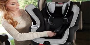Best way to clean a baby car seat - Featured