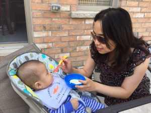 baby first foods - how much solids to feed