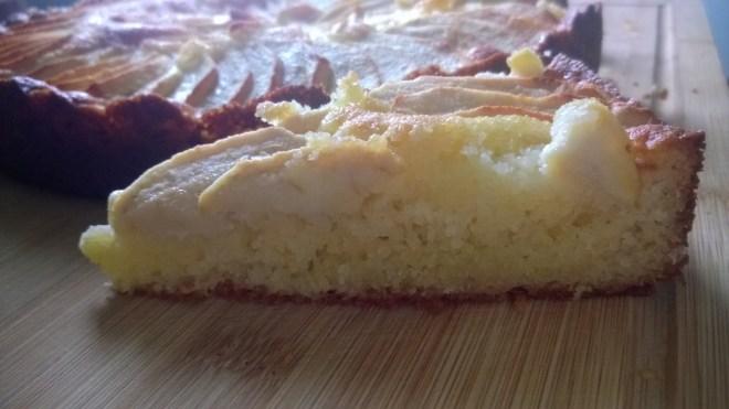 gâteau aux pommes crème frangipane (part)