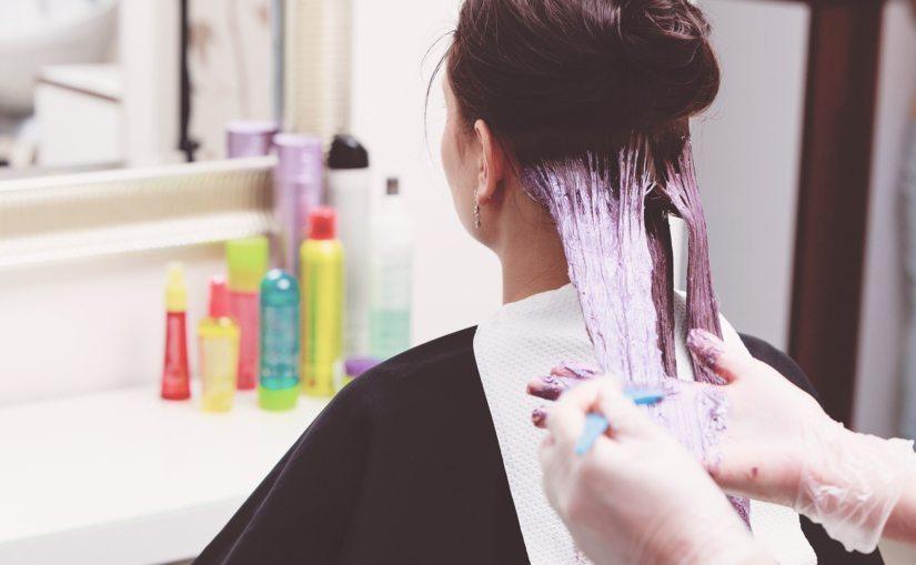 es seguro teñirse el cabello durante el embarazo
