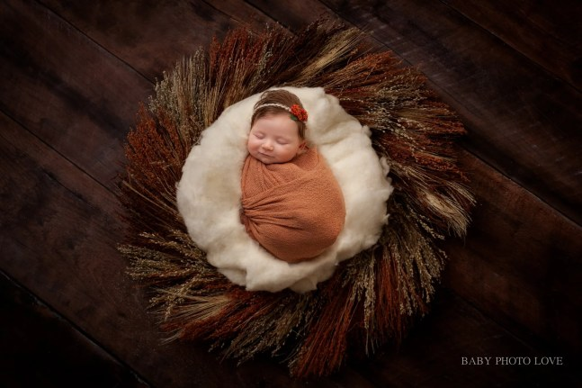 Newborn Girl | 10 Weeks new | Cleveland Heights Photographer