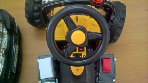 Traktor-na-akumulator