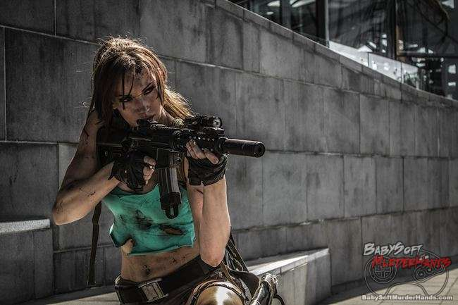 Bad Ass & Sexy Tomb Raider Lara Croft Cosplay