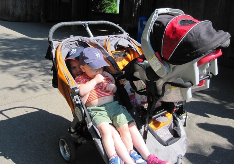 best-triple-stroller.jpg