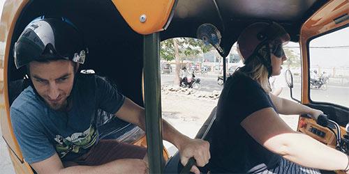 Team Rickeisha driving their tuk tuk