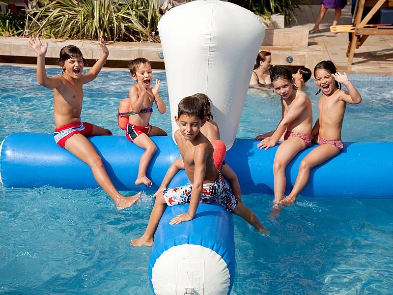 hotel-blaumar-salou-piscinas-02